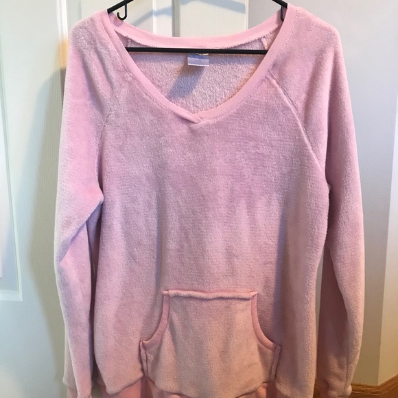 SOFT LONG SLEEVE - pink fuzzy with pockets